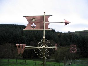Hampshire-arms-banner-weathervane